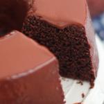 BOLO DE CHOCOLATE – SIMPLES E GOSTOSO!